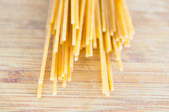 Uncooked spaghetti Royalty Free Stock Photos