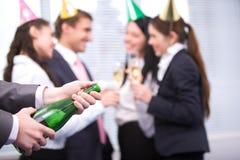 Uncorking Flasche Lizenzfreies Stockfoto