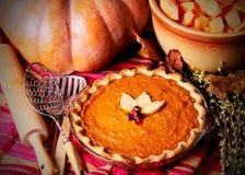 Free Uncut Homemade Pumpkin Pie Royalty Free Stock Photo - 22203305