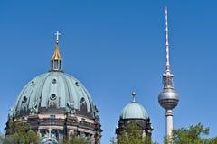 Und berlinois Fernsehturm et x28 des DOM ; Alexanderplatz image libre de droits