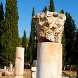 und der römisches Tempelgeschichte-pamukkale alte Bau herein wie Stockfoto