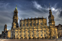 Und Schlosskirche de Schloss à Dresde images libres de droits