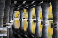 Under den statliga bron för rutt 520 i Seattle USA Royaltyfria Bilder