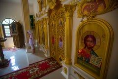 Under dopet - kristen sakrament av andlig födelse Royaltyfri Foto