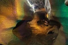 Under jordningen är grottan Royaltyfria Bilder