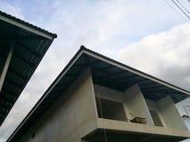 Under konstruktionshus Arkivfoto