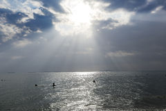 Under the sky, the beautiful sea Royalty Free Stock Images