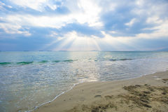 Under the sky, the beautiful sea Royalty Free Stock Image