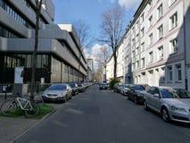 Under solen för Dusseldorf stads` s Arkivbild
