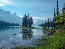 Underbar sjö i berget royaltyfria bilder