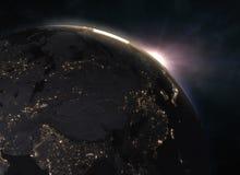 Underbar soluppgång över jorden - Europa Arkivbilder