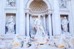 Underbar Trevi-springbrunnskulptur i Rome, Italien royaltyfri fotografi