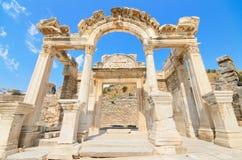 Underbara Hadrian Temple. Ephesus Turkiet. Arkivbilder