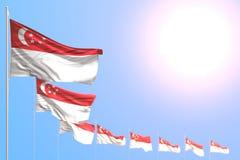 Underbart förlade många Singapore flaggor diagonalt med den mjuka fokusen och fritt utrymme för din text - någon illustration för stock illustrationer