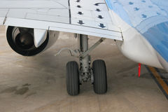 Undercarriage. And wing of an airplane Royalty Free Stock Images