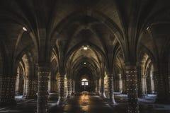 Undercroft przy Glasgow uniwersytetem zaświecającym up obraz royalty free