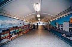 Underjordisk gångbana singapore Royaltyfri Fotografi
