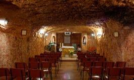 Underjordisk katolsk kyrka i Coober Pedy Fotografering för Bildbyråer