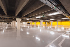 Underjordisk parkering i Odense, Danmark Royaltyfri Fotografi