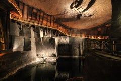 Underjordisk sjö i Wieliczka salta miner Royaltyfria Bilder