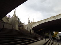 Underjordisk trappa Arkivbild