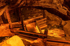 Underjordisk trappuppgång royaltyfria bilder