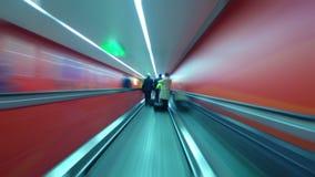 Underjordisk tunnel för rusningstid stock video