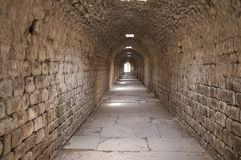 Underjordisk tunnel i Asklepion av Prgamon (Pergamum), Bergama, Tur Arkivfoton