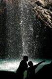 undersökande vattenfall Royaltyfri Fotografi