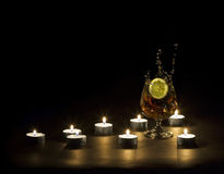 undersöker cognaclampa Arkivbilder