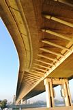 Underside μιας γέφυρας Στοκ Φωτογραφία