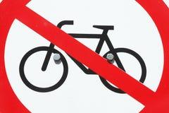 Underteckna ingen parkeringscykel Arkivfoto