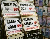 undertecknar gatan Royaltyfri Foto