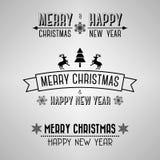 Undertecknar glad jul för dekorativ tappning med renen och snöflingor Royaltyfri Bild