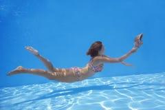 undervattens- flicka Arkivfoton