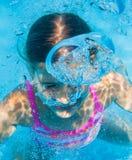 Undervattens- flicka Royaltyfri Foto