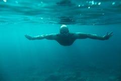 Undervattens- hav för manbad arkivfoton