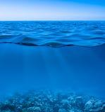 Undervattens- stilla lugnat hav Arkivbild