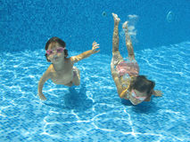 Underwater children Royalty Free Stock Images