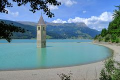Underwater church tower in Reschensee Lake, Italy Royalty Free Stock Photos
