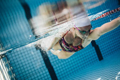 Underwater shot of a female swimmer Royalty Free Stock Images