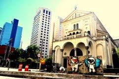 Une église urbaine Photographie stock libre de droits