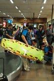 Une équipe médicale de mouche de la Thaïlande de Bangkok vers Katmandou à l'admi Photographie stock