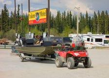 Une île de accueil de gaz au teslin, territoires de Yukon photographie stock