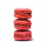 Une aquarelle d'une pile de trois macarons roses de fraise sur a Photos stock