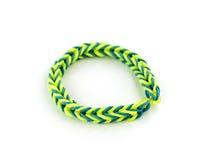 Une bande élastique de bracelet coloré photos libres de droits