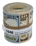 Une bande élastique de forme du petit pain 1040 de billet de banque a isolé le blanc Image libre de droits