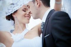 Une beaux mariée et marié Image libre de droits