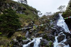 Une belle cascade au Sikkim, Inde image stock
