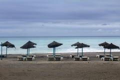 Une belle plage à la côte dans la côte de Torrox, Espagne Image stock